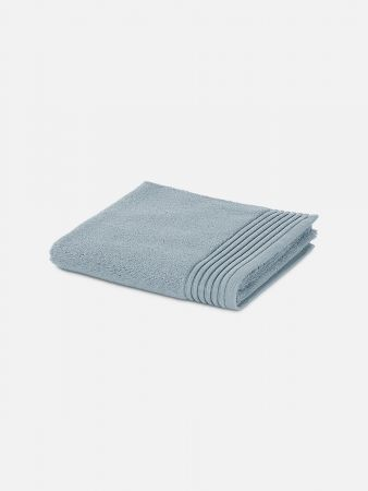 Essential Towel - Badetuch - Hellgrau